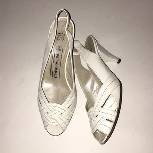 Bruno Magli white Leather heels Italy 7 B